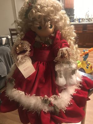 2002 Precious moments vinyl 18 inches doll with ice skates Noel collection 60.00 for Sale in Long Beach, CA