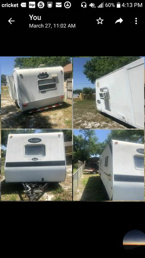Camper oh rv tailer 05 all work lights bathroom. Also has. Slide out for Sale in Casselberry, FL