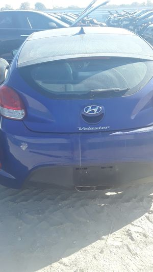 2012 Hyundai Veloster for parts for Sale in Houston, TX