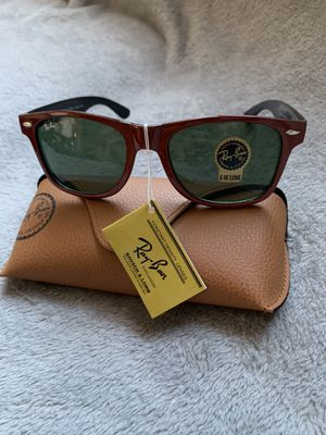 Wayfarers red Sunglasses for Sale in San Francisco, CA
