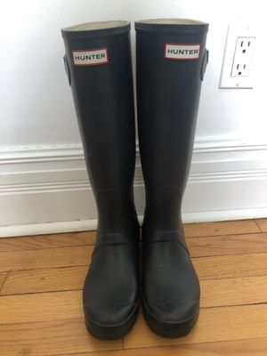 Hunter Rainboots - Navy/Tall/Size9 for Sale in Libertyville, IL