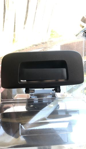 New* Tailgate Door Handle - From a 2013 GMC Sierra for Sale in Houston, TX