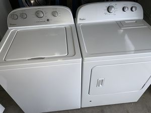 Heavy Duty Whirlpool Washing Machine and Gas Dryer for Sale in Las Vegas, NV
