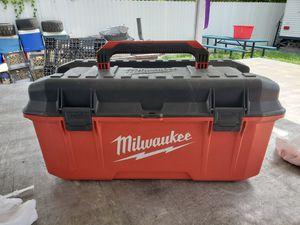 Milwaukee box for Sale in Miami, FL