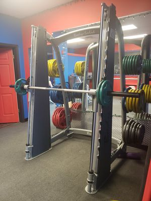 Body solid scb1000 counter balanced Smith machine for Sale in Orland Hills, IL