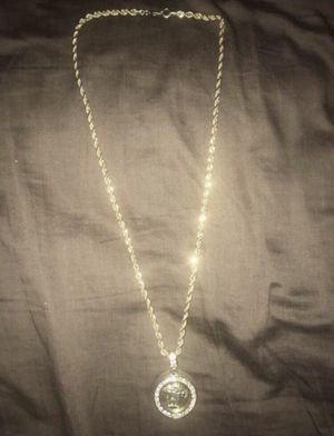 Versace Medusa Gold Chain for Sale in Fort Washington, MD