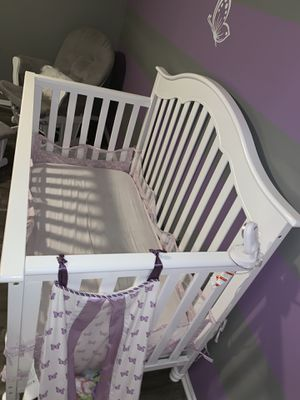 Baby Crib (Almost brand New) for Sale in Sewell, NJ