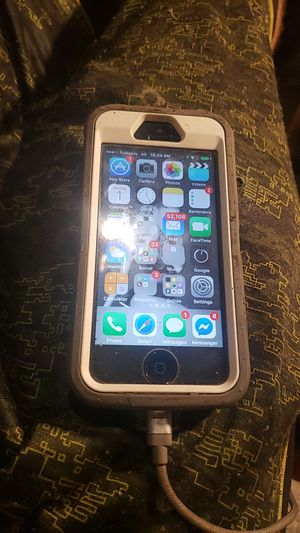 IPhone 5 metro pcs or t-mobile for Sale in Kansas City, MO