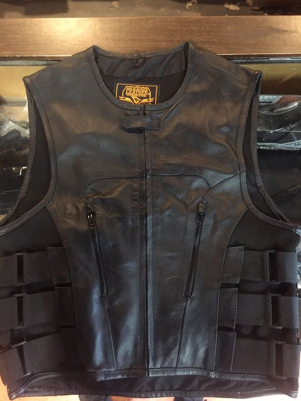 New motorcycle armor leather vest $120