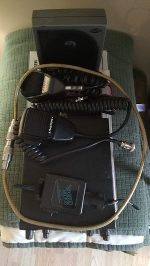 Magnum 257 Two way radio for Sale in Terre Haute, IN