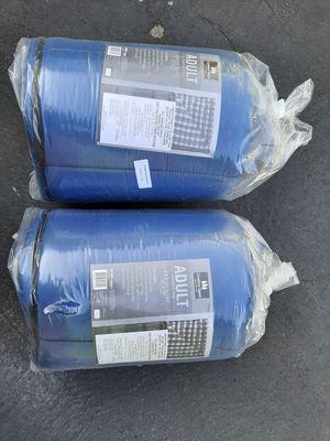 2 sleeping bags for Sale in Las Vegas, NV