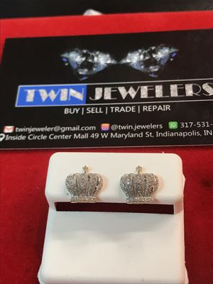 10Kt Special Crown Gold Diamond ear rings on sale for Sale in Indianapolis, IN