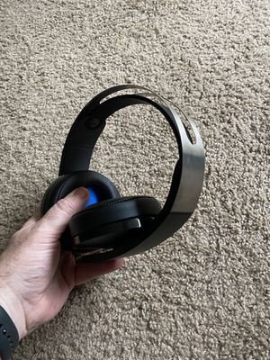 Sony PlayStation Platinum Wireless Headset. for Sale in Fairview, OR