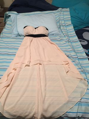 Forever 21 dress size Small. Good conditions used once for Sale in Addison, IL