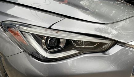 2017 2018 2019 2020 INFINITI Q60 COUPE FRONT RIGHT PASSENGER SIDE HEADLIGHT ASSEMBLY for Sale in Fort Lauderdale,  FL