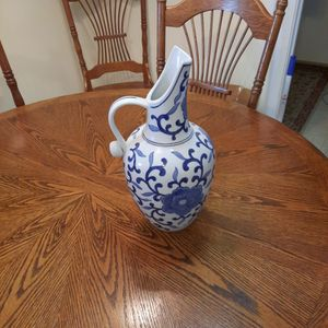 Chinese vase for Sale in Lexington, SC