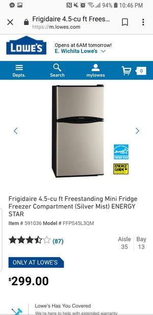 Mini fridge by frigidair (ALMOST NEW) for Sale in Wichita, KS