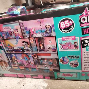 L.O.L Doll House for Sale in San Diego, CA