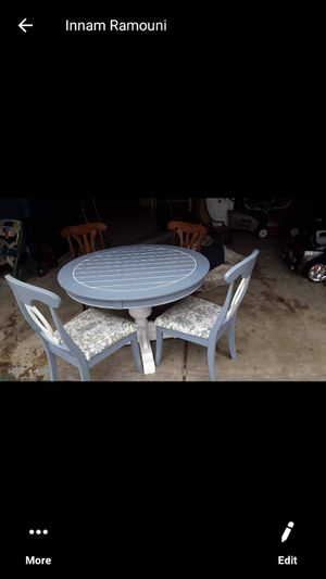 Kitchen table and chairs for Sale in Inkster, MI