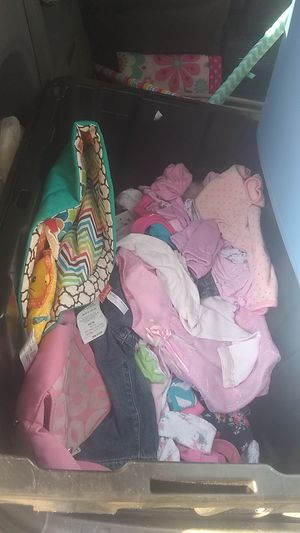 Kids clothes and baby swing for Sale in Fort Worth, TX