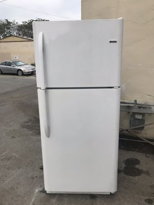 Used,21 cu,ft, Kenmore refrigerator , white color, great condition for Sale in San Jose, CA