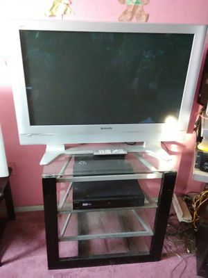 Panasonic 42 inch TV with remote control and HDMI port and Sony 5 discs DVD player for Sale in Washington, DC
