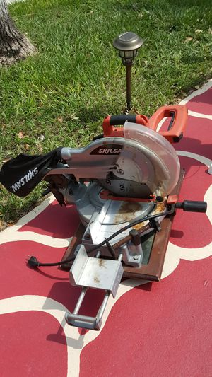 Skilsaw $175, back massager $75 obo, portable table saw $200 obo, concrete saw $75 for Sale in Avon Park, FL