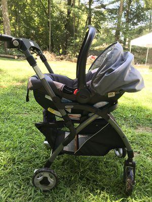 Graco car seat, stroller, bases for Sale in Burrillville, RI