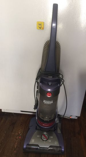 Hoover vacuum for Sale in Cleveland, OH