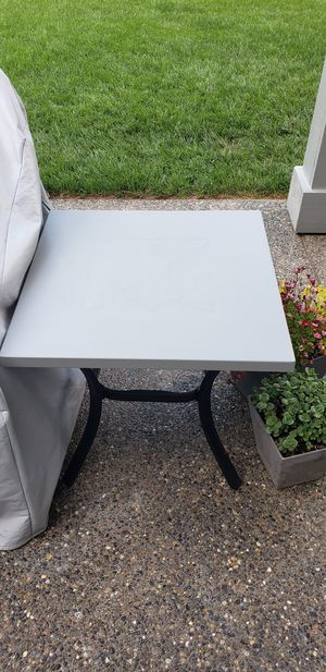 Outdoor Side Tables Grey/Black for Sale in Battle Ground, WA