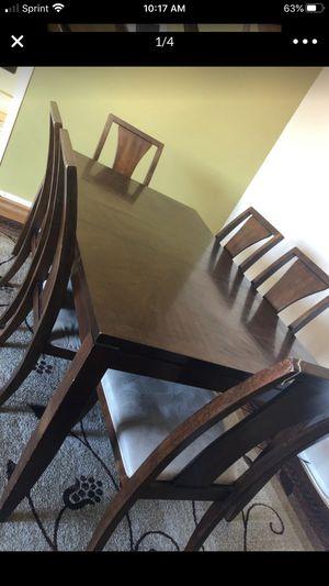 Dinner table for Sale in Alexandria, VA