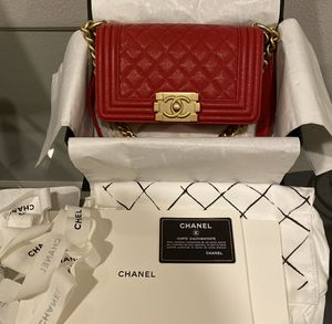 Authentic chanel boy bag for Sale in San Mateo, CA