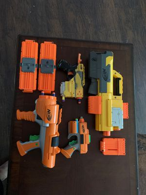 NERF, 4 Nerf Guns with 6 clips & a few bullets. for Sale in Sacramento, CA