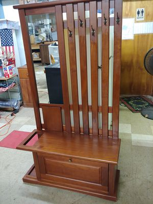 Solid Wood Hall Tree Coat Rack for Sale in Meriden, CT