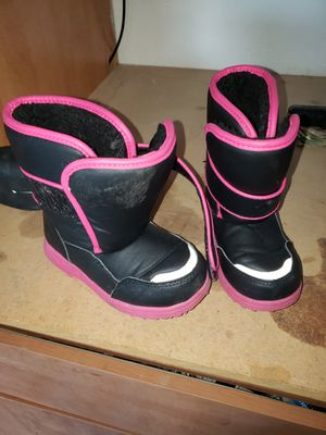 Snow boots kids size 9 for Sale in Gilbert, AZ