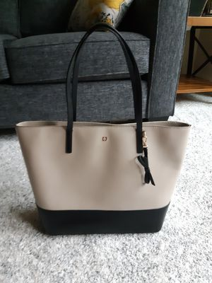 Kate spade 2 tone purse bag for Sale in Federal Way, WA
