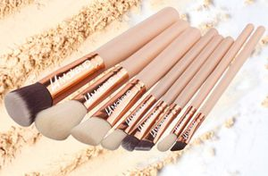 8pcs LA Makeup brush set with large leather cosmetic bag for Sale in Los Angeles, CA