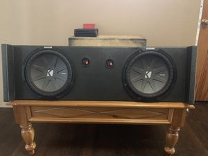 Kicker comp R 12's in a pro box used for Sale in Fort Worth, TX