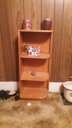 Small corner shelf for Sale in Pixley, CA