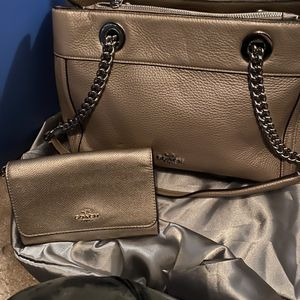 Coach Purse With wallet like new for Sale in Norcross, GA
