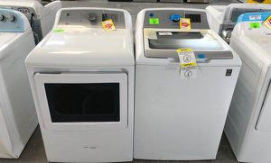 GE Washer/Dryer set N2UU for Sale in Canutillo, TX