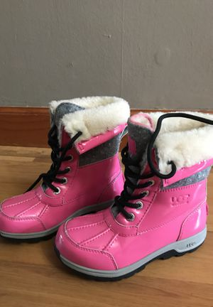 Ugg Snow Boots kids sz 1 $50 for Sale in Philadelphia, PA