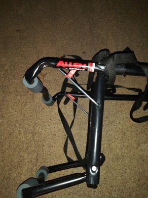 Allen sports 2 bike trunks mount rack model 102DB for Sale in Farmers Branch, TX