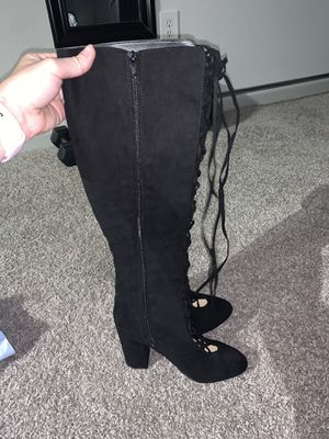 Black heel boots women size 8 for Sale in Columbus, OH
