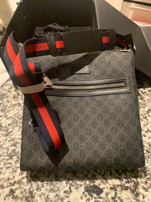 Messenger bag for Sale in Orlando, FL