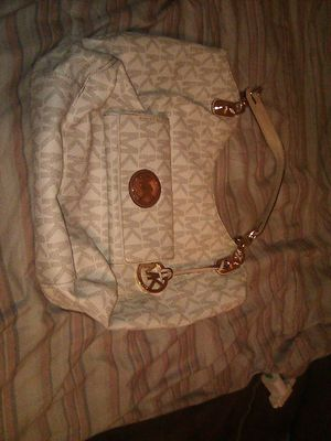 Michael Kors Purse & Wallet for Sale in Tolleson, AZ