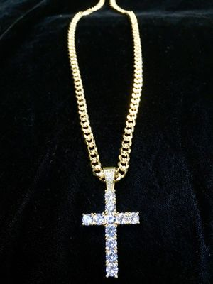 EXCLUSIVE CROSS 18K GOLD FULL DIAMONDS CZ NEW CHAIN MADE IN ITALY! for Sale in Orlando, FL