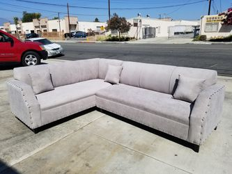 NEW 7X9FT ANNAPOLIS LIGHT GREY FABRIC SECTIONAL COUCHES for Sale in Corona,  CA
