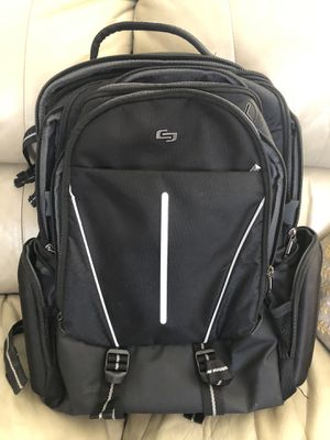 Solo laptop backpack - barely used for Sale in Chandler, AZ