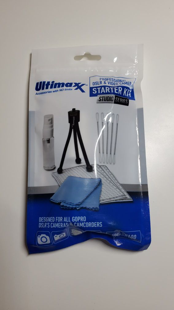 New - Ultimaxx camera cleaning kit